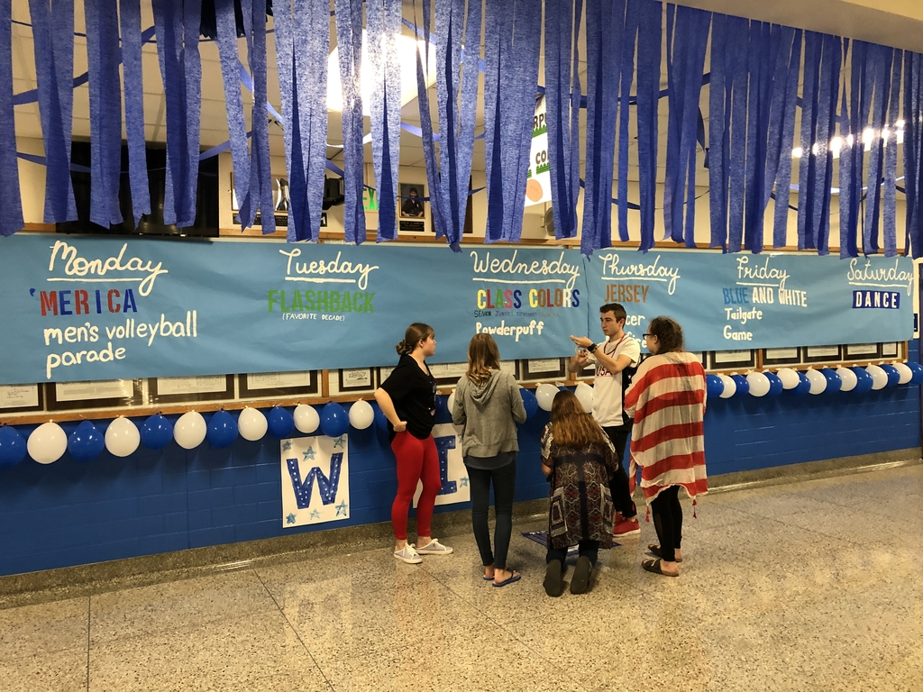 Student Council adding the final touches